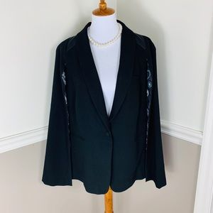 Disney Torrid black cape blazer sz 2 black leather